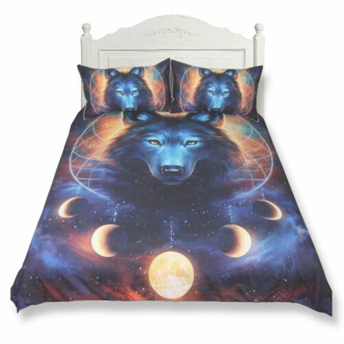 Duvet cover with a wolf head and a dream catcher with planets