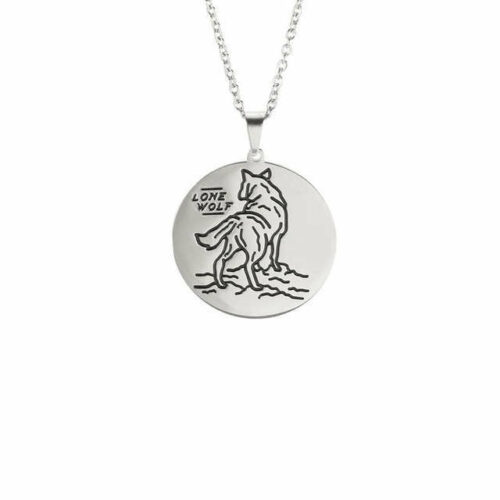 lone wolf necklace made of silver