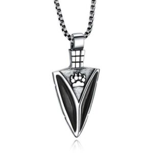 Wolf arrowhead necklace black