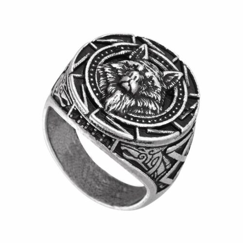 Wolf Ring Wise Wolf Signet